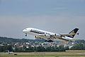 Singapore Airlines Airbus A380 9V-SKL@ZRH 26 07 2013 4.JPG
