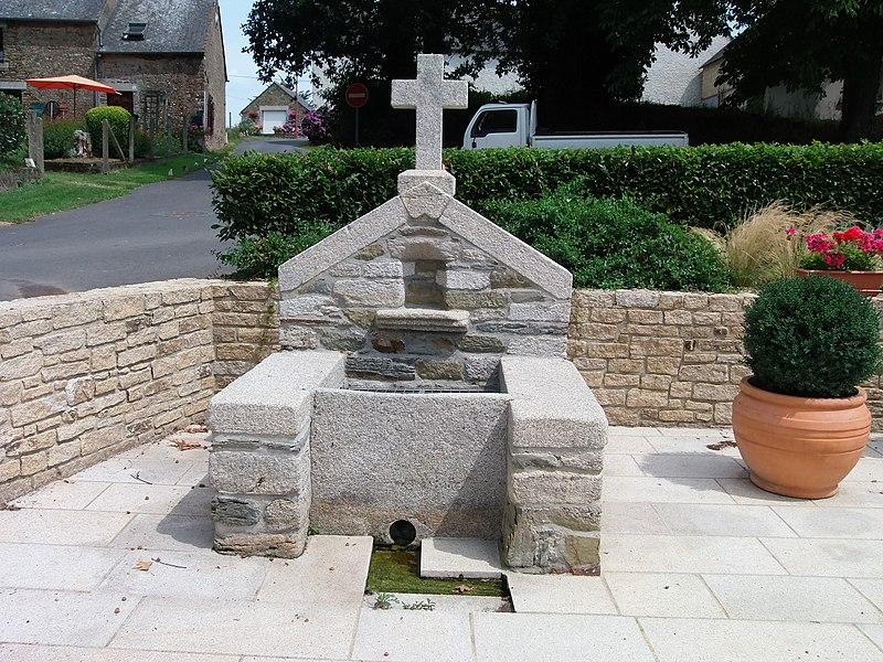 Première fontaine, à gauche (la plus au nord).