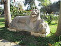 Skulptur Löwe und Drache.JPG