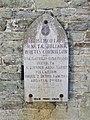 Stèle à la mémoire de Julienne de Cornillon.jpg
