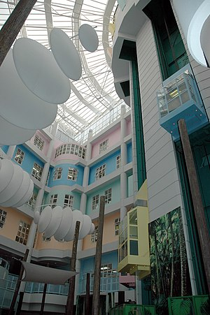 Radio Lollipop - Starship hospital's atrium, location of its radio station.