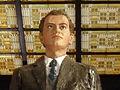 Statue (buste) de Jean Moulin à la gare de Metz - 2014 - Statue financée par la municipalité 02.JPG