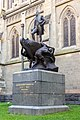 Statue of Capt. Matthew Flinders, St Paul's Cathedral, Melbourne 2017-10-30.jpg