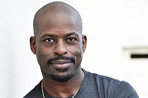 Sterling K. Brown - Image: Sterling k brown 1 900x 600