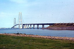 Storebæltsbroen fra Sprogø