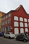 Stralsund, Semlower Straße 30 (2012-03-11) 1, by Klugschnacker in Wikipedia.jpg