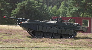 Stridsvagn 103 - Gun elevated using suspension