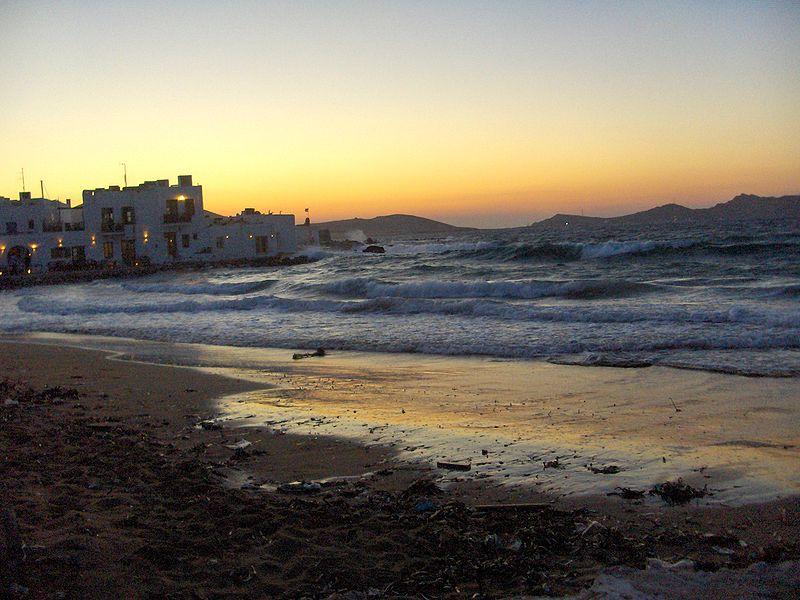 File:SunsetNaousaParos.JPG
