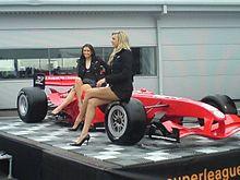 La vettura del Liverpool FC impegnata nella Superleague Formula a Donington