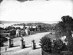 Sydney Domain entrance from Macquarie Street, No. 1 (2363484492).jpg