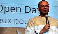 Tandem Dakar 2013 - Karim Sy lors d'une conférence sur l'Open Data.JPG