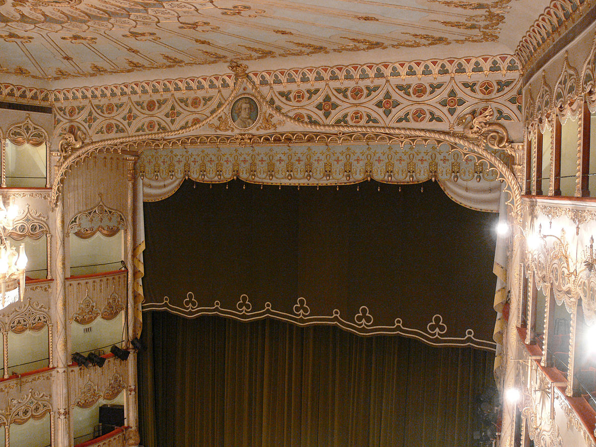 File:Teatro Goldoni Venezia proscenium arch.jpg - Wikipedia
