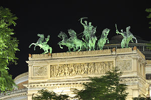 Teatro Politeama, Palermo - Nocturnal view of the quadriga