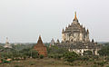 Thatbinnyu-Bagan-Myanmar-11-gje.jpg