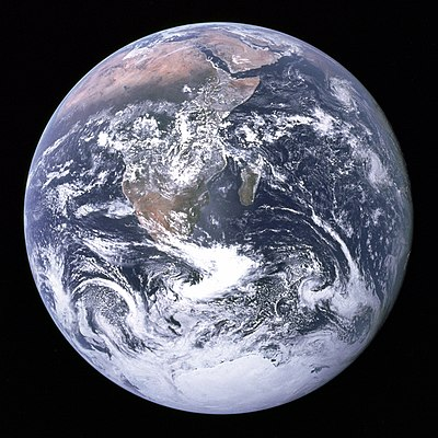 The Earth seen from Apollo 17.jpg