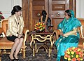 The Prime Minister of the Kingdom of Thailand, Ms. Yingluck Shinawatra calls on the President, Smt. Pratibha Devisingh Patil, in New Delhi on January 25, 2012.jpg