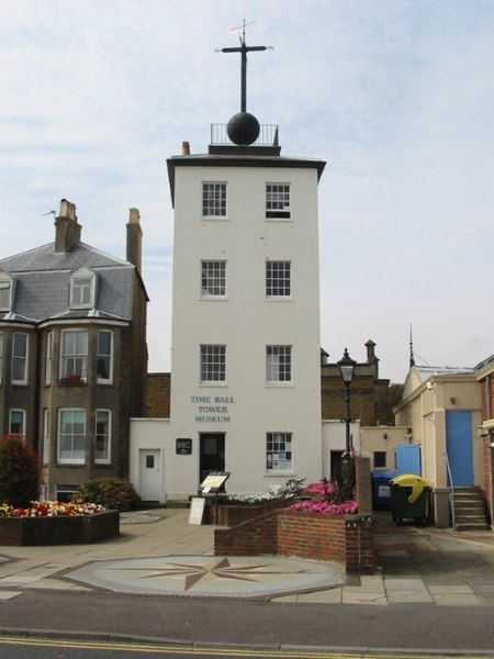 File:The Time Ball Tower, Deal seafront - geograph.org.uk - 967213.jpg