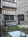 The courtyard at Leeds Castle. - geograph.org.uk - 1424315.jpg