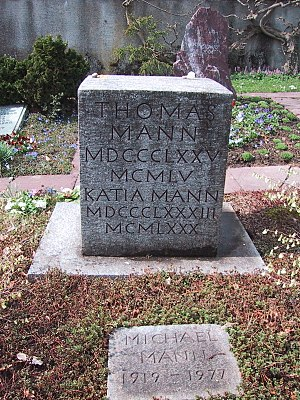 Thomas Mann - The grave of Thomas, Katia, Erika, Monika, Michael and Elisabeth Mann, in Kilchberg, Switzerland