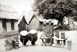 The Throne of Begoro in Ghana in the 1880s Throne and Drums of the Begoro King impa-abmpix-28131.jpeg