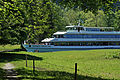 Thunersee Schiff-Kanal nach Interlaken.jpg