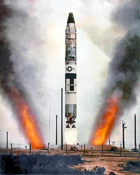 File:Titan2 color silo.jpg