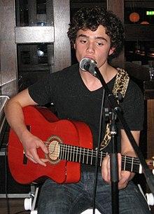 Toby Sebastian florence pugh