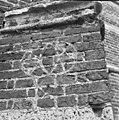 Toren, in specie aangebrachte tekening op zuidelijke steunbeer - Vught - 20247815 - RCE.jpg