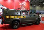 Toyota Hilux (13762840104).jpg