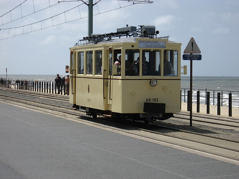 Tramparade 125 years of vicinal railways. Motortram for non electrified lines. 4the tram of the parade.