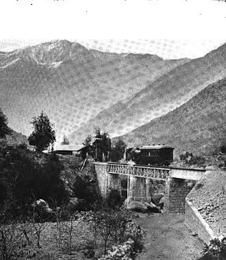 Transandine Railway - Train crossing the bridge at Blanco River, 1909