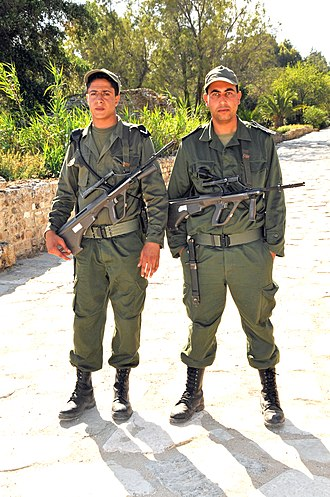 Soldiers of the Tunisian Armed Forces Tunisian soldiers.jpg
