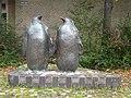 Twee Pinguïns Theo van de Vathorst Frederik Hendriklaan Alkmaar.jpg