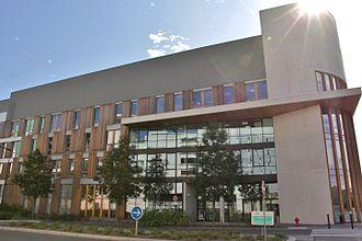 Versailles Saint-Quentin-en-Yvelines University - UFR des sciences de la santé Simone Veil