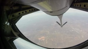 File:USAF Thunderbirds Refueling enroute to Super Bowl LI.webm