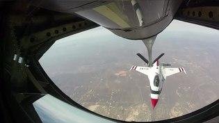 File:USAF Thunderbirds Refueling enroute to Super Bowl LI.webm