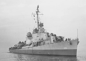 USS Zellars (DD-777) off the Puget Sound Naval Shipyard on 23 January 1945 (19-N-77480)