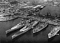 US 6th Fleet ships at Barcelona in 1956.jpg