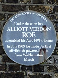 Photo of Alliott Verdon Roe blue plaque