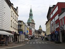Völklingen Blick in Rathausstraße.JPG