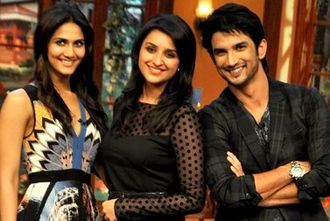 Sushant Singh Rajput - Rajput with Vaani Kapoor (left) and Parineeti Chopra promoting Shuddh Desi Romance at Comedy Nights with Kapil in 2013