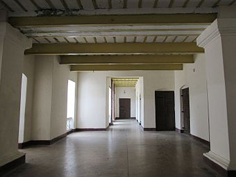 Veranda at ground floor in Tajhat Palace, Rangpur, 03-09-2016 02.jpg