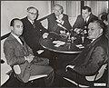 Verkiezingen, presidenten, persconferenties, Riel, H. van, Amerika, Bestanddeelnr 050-0811.jpg