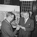 Vice president Lyndon B Johnson op stadhuis te Amsterdam ontvangen Burgemeeste, Bestanddeelnr 915-7097.jpg