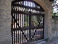 Villa palmieri, accesso neogotico 03 cancello.JPG