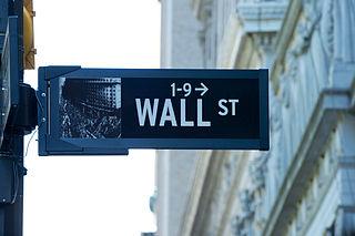Foto van straatnaambord Wall street. Bron Wikipedia: https://en.wikipedia.org/wiki/Wall_Street