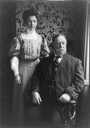 Helen Taft Manning - Helen Taft with her father, US President William Howard Taft