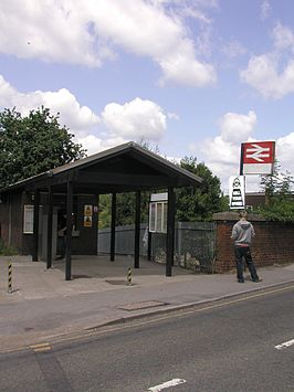Winnersh Train Station.JPG