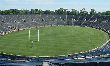 Description de l'image YaleBowl-Field1a.JPG.