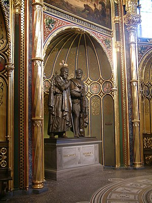 Bolesław I the Brave - Statues of Bolesław I and his father, Mieszko I of Poland, by Christian Daniel Rauch in the Golden Chapel of Poznań Cathedral